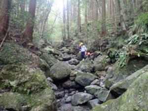 【報告】里山BASE チャレンジの秋!お楽しみ企画♪「リバートレッキングにチャレンジ!」